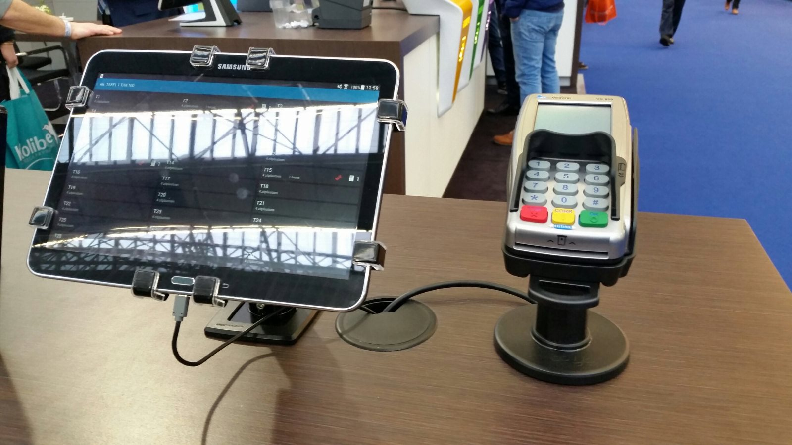 gripzo-retail-pos-grip-pin-device.jpg